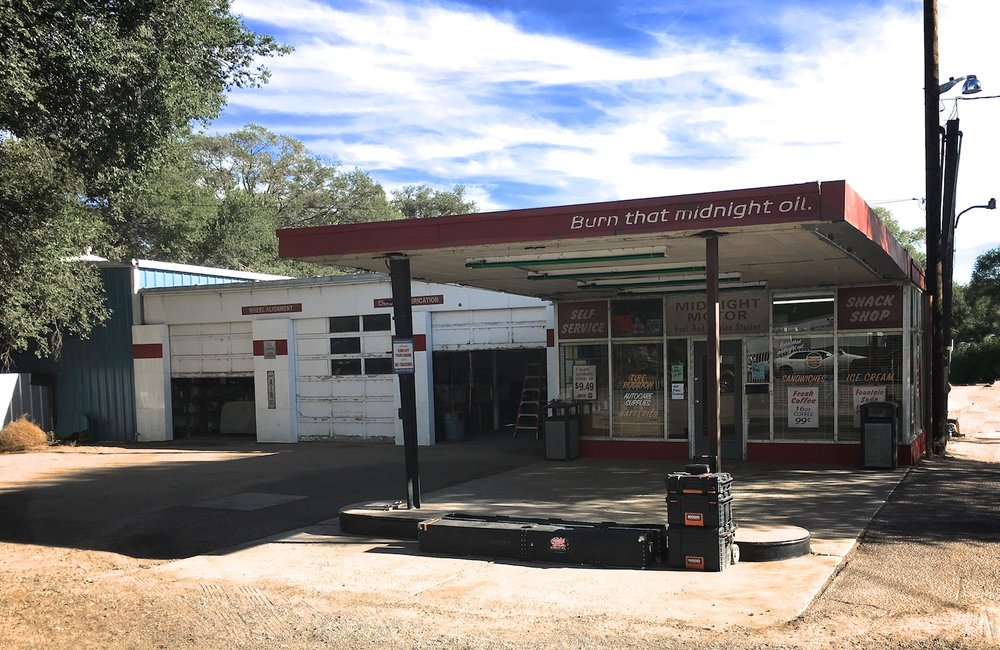 Gas Station Location 6778.jpg