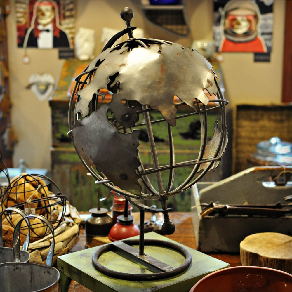 Globe_Small.jpg