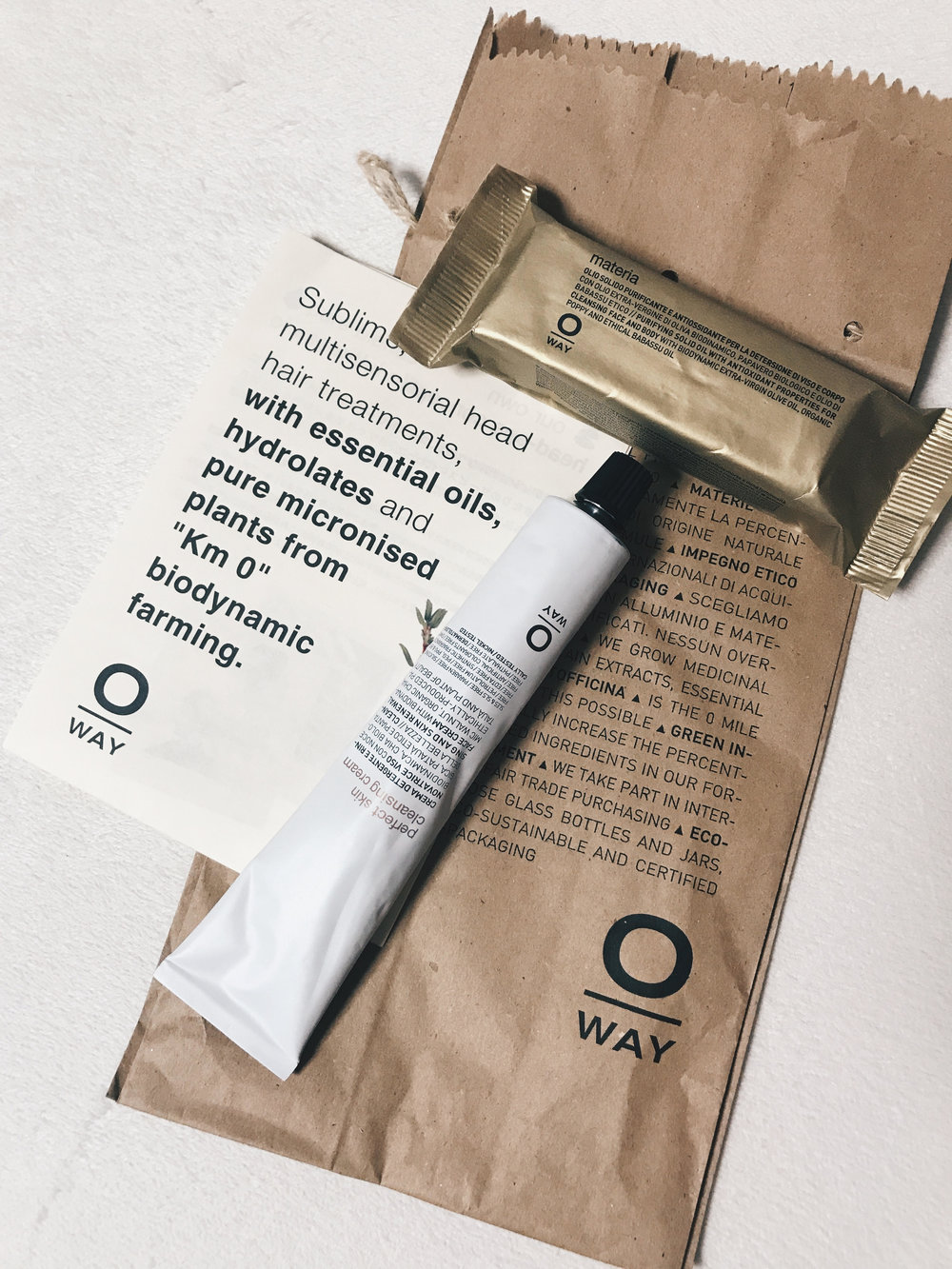 ゴールドの袋のがo-wayのmaterial  洗顔石鹸になります。  こちら、角質も取れてお肌がツルっとします!   使ってみて良かったのでお店でも販売しようと思っています✴︎  気になる方は是非スタッフまで...      今吉 美佳  HAUL PRODUCTS AREA   〒531-0076 大阪市北区大淀中1-13-15   06-4798-8866