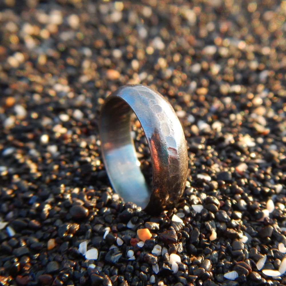 Travel ring with the inevitable Icelandic patina.