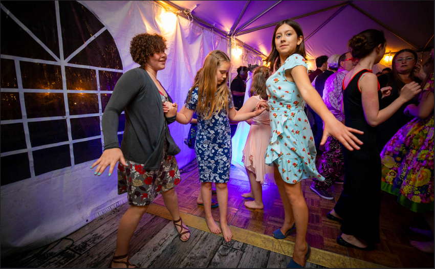 Kids Dancing Off The Dance Floor.png