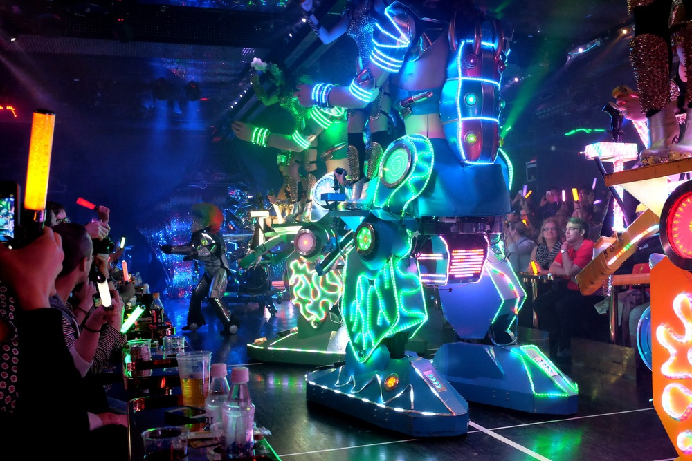 Robot Restaurant, Tokyo, Shinjuku, Robots, Japan, Japanese girls, Robotic, dance, restaurant, nightlife, Tokyo nightlife, drinks, travel, Japan travel, fun, vodka, beer, entertainment, studs, spikes, costume, mecha, lights, artistic, fashion, interest, Nezuki, blogger, music, live entertainment, show, cabaret, show restaurant