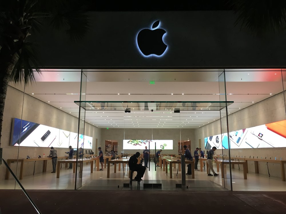Apple Store at South Beach