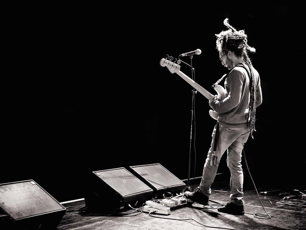 Luigi Casanova, bassist with Joanne Shaw Taylor, soundcheck, Newcastle 2017