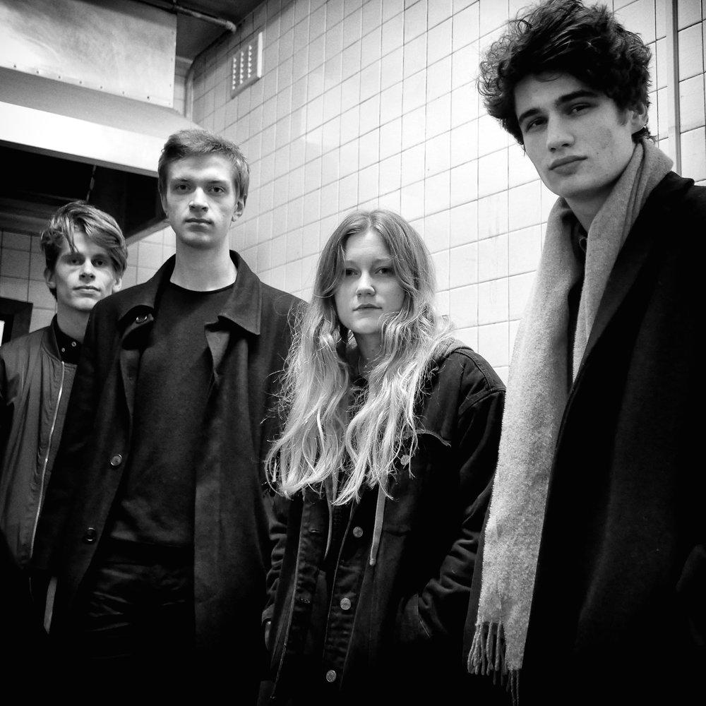 Sløtface, backstage, Newcastle 2016
