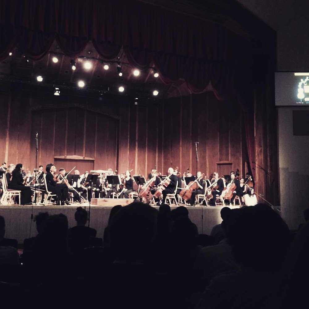 Watching Eric Garner's daughter speak at The Dream Unfinished benefit concert commemorating the anniversary of his death by NYPD chokehold. #ericgarner #blacklivesmatter #symphony #dreamunfinished (at Centennial Memorial Temple)