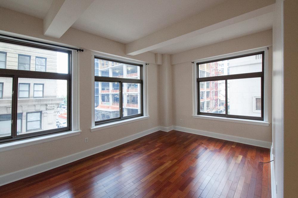1500 Chestnut St, 3F Center City -