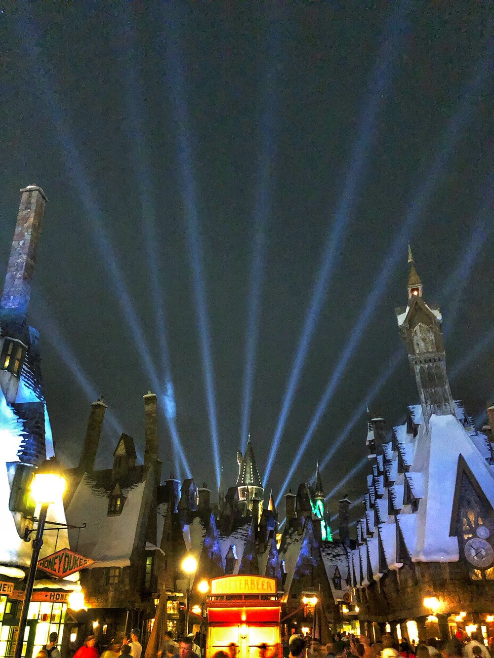 hogwarts-light-show