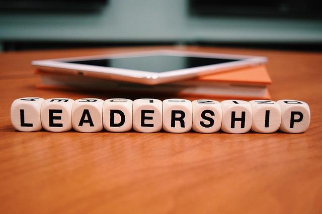leadership clipart.jpg