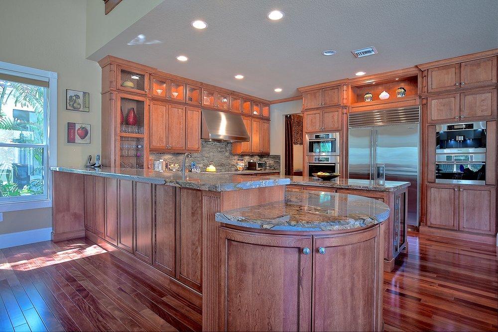 Custom Kitchen 4.JPG