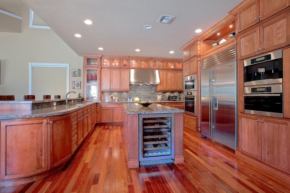 Custom Kitchen 6.JPG