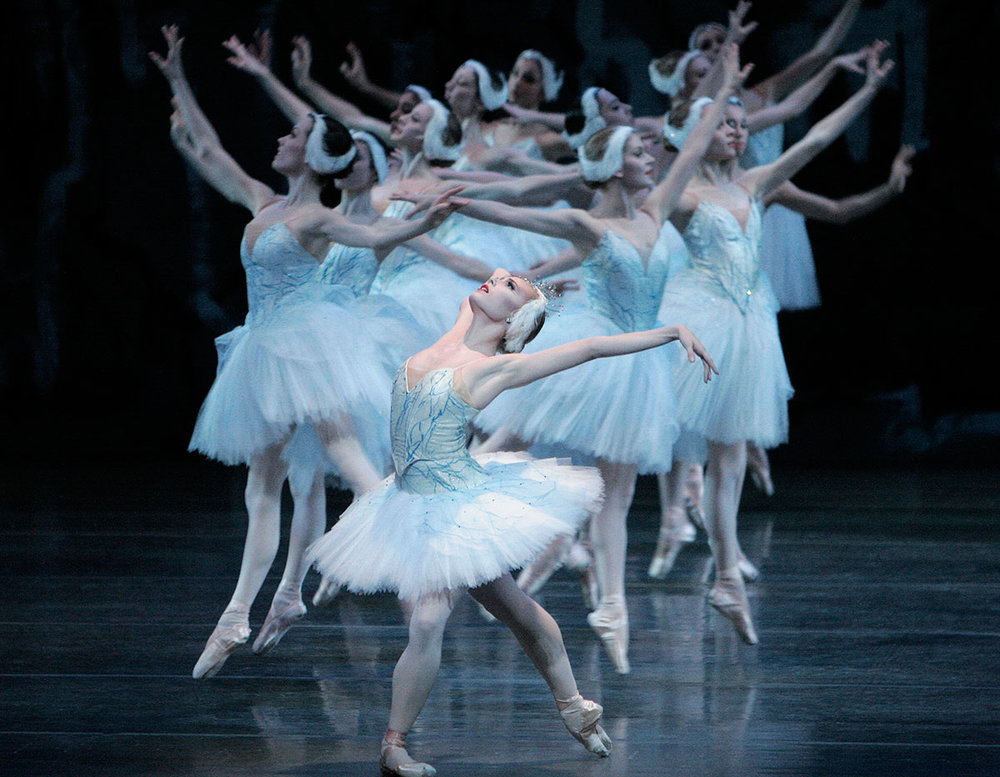 Swan-Lake-by-Peter-Martins-debut-at-age-19-2.jpg