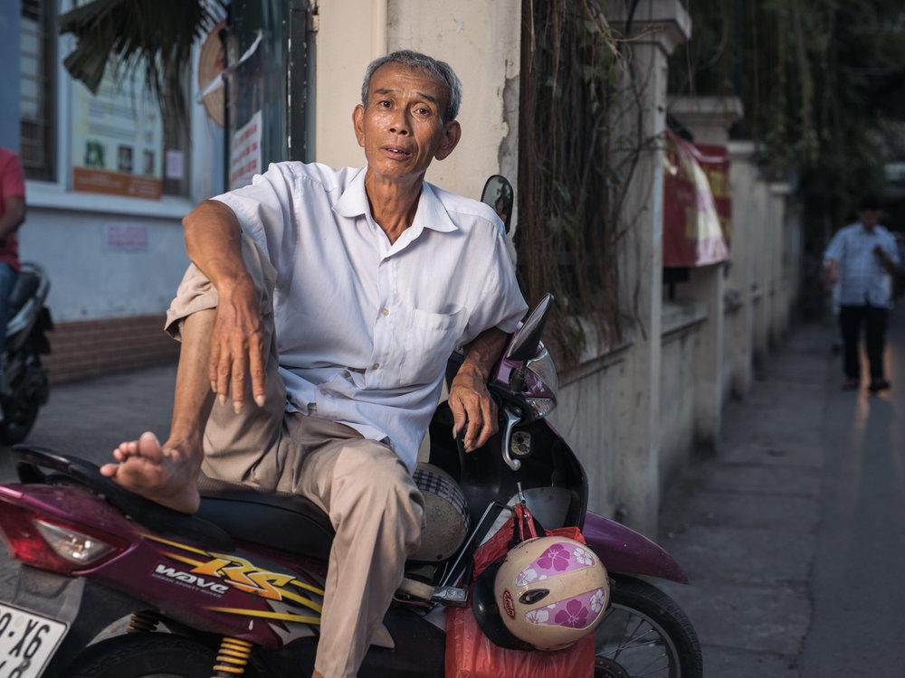 VietnamStreetPortraits-1.jpg