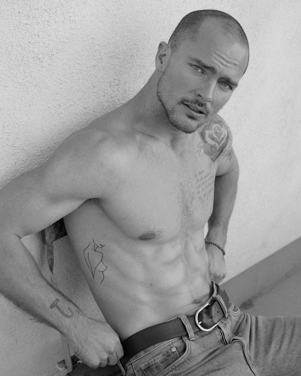 Nick_Sabatalo_Modeling_Portfolio-35.jpg
