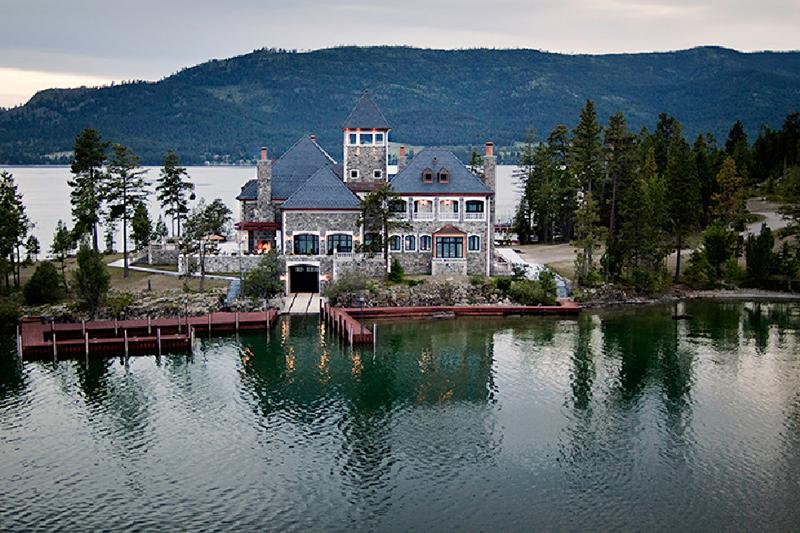 shelter island estate aerial montana