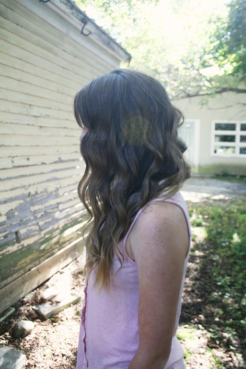 vintage waves in hair