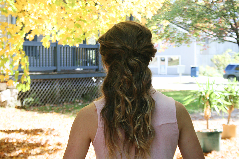 brown blonde ombre curls