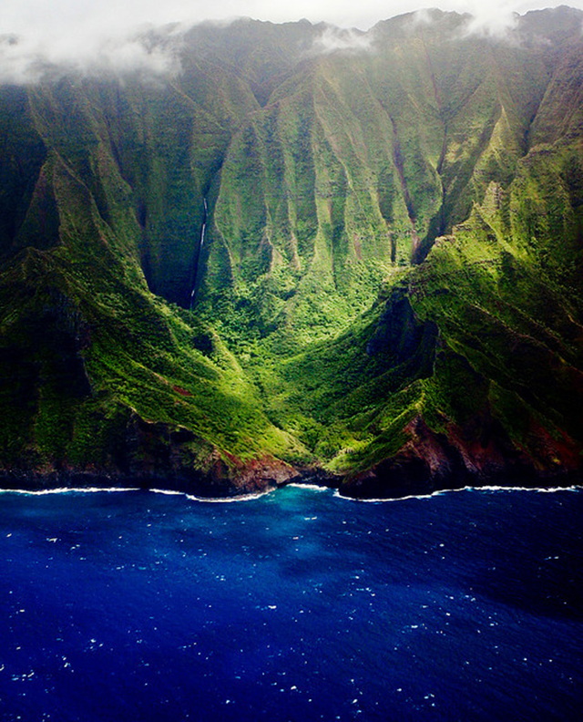 Na Pali Coast at Kauai, Hawaii