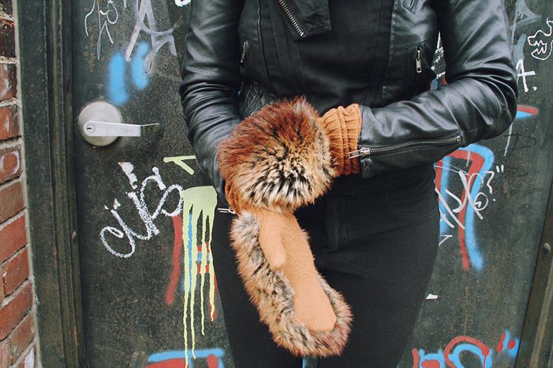 graffiti-gloves.jpg