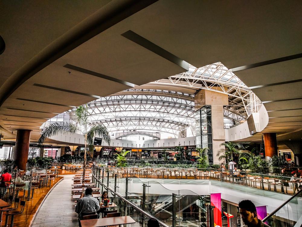 Medellin- Mall atrium.jpg