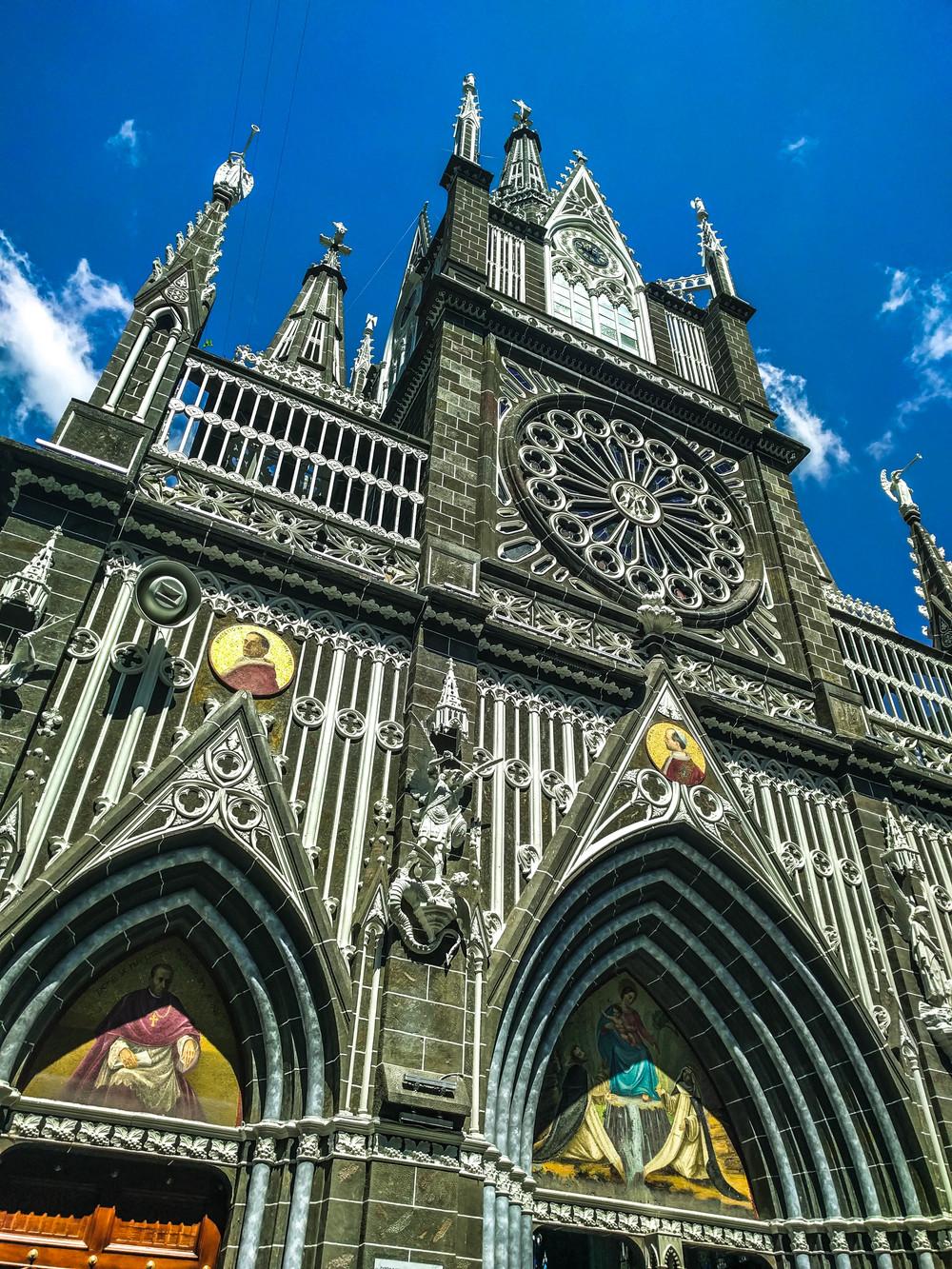Ipiales- church up angle.jpg