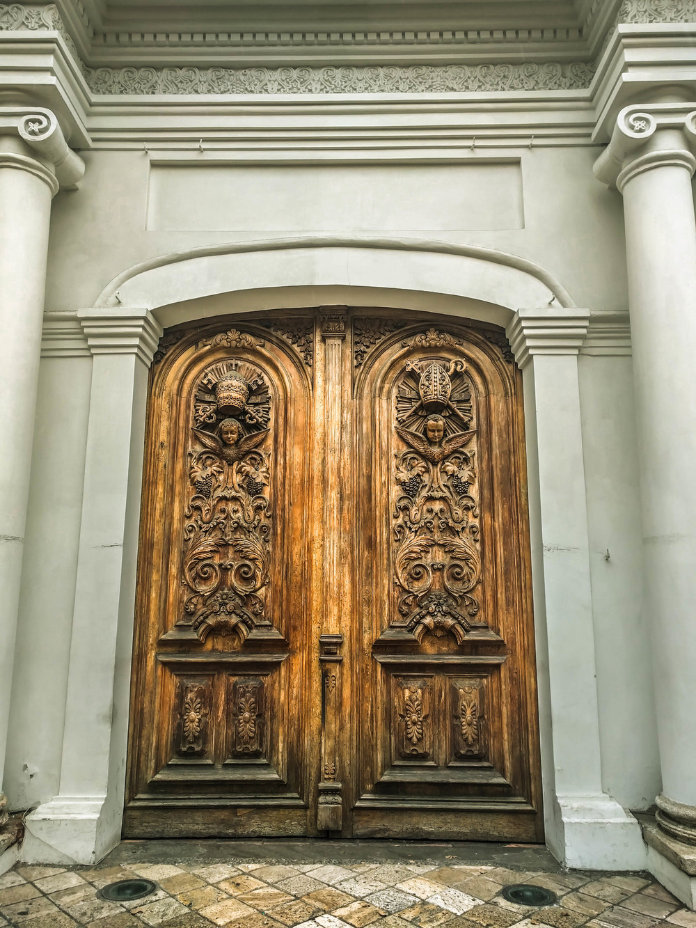 Cuenca- church doors.jpg