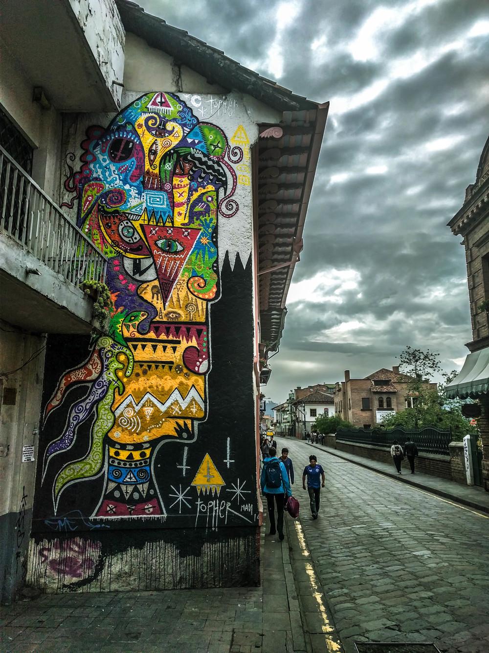 Cuenca- giant head graffiti.jpg