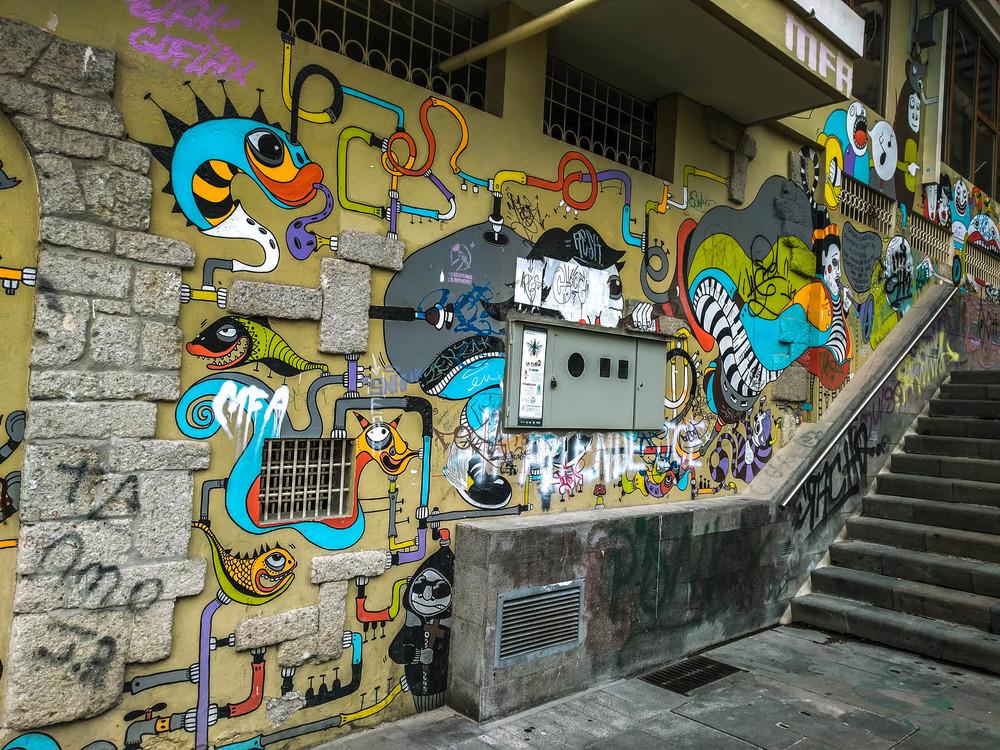 Cuenca- tubes and pipes graffiti.jpg