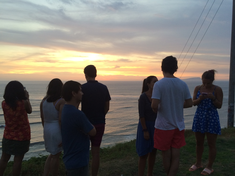 This time I met a whole GROUP of friends and we went to watch the sunset.