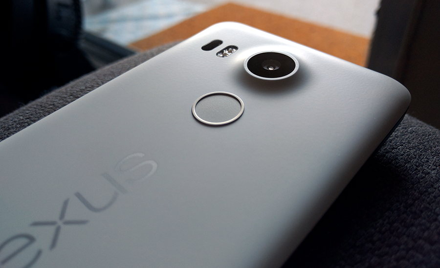 You can see the camera bulge and fingerprint scanner placement here.