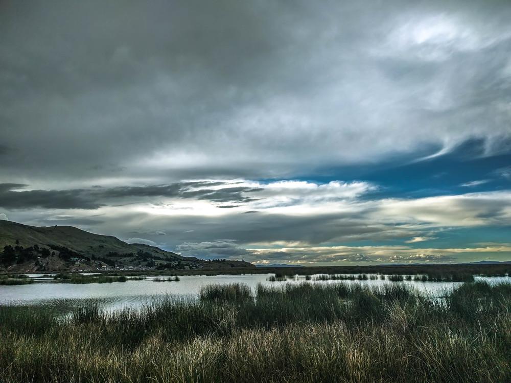 Puno Lake mtns (1 of 1).jpg