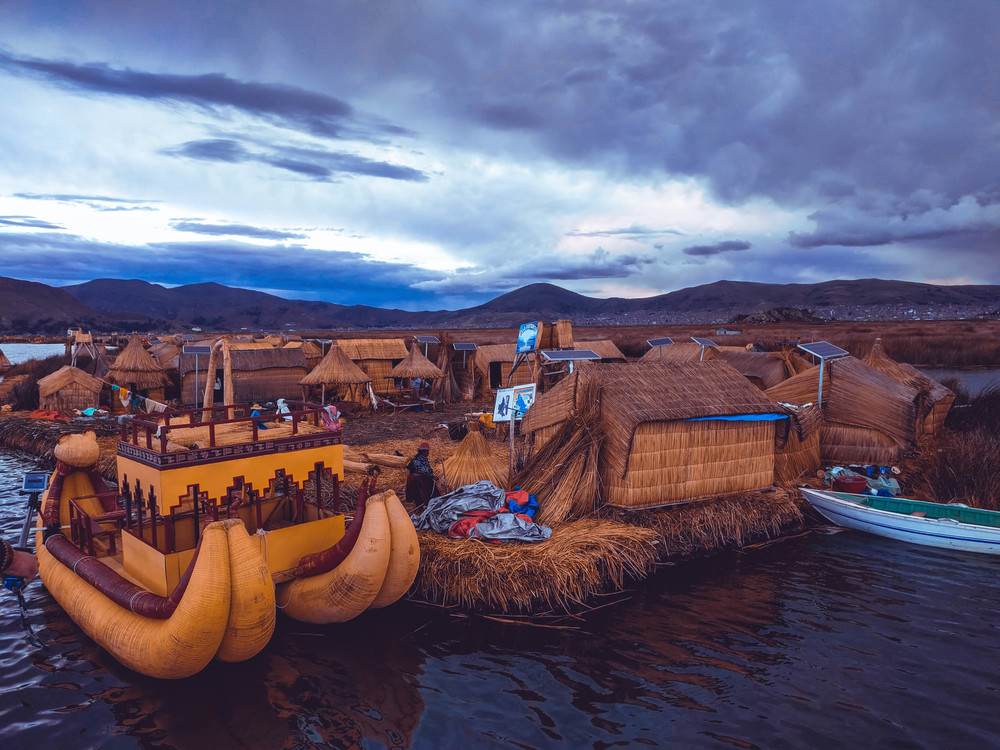 Puno Lake floating island boat (1 of 1).jpg
