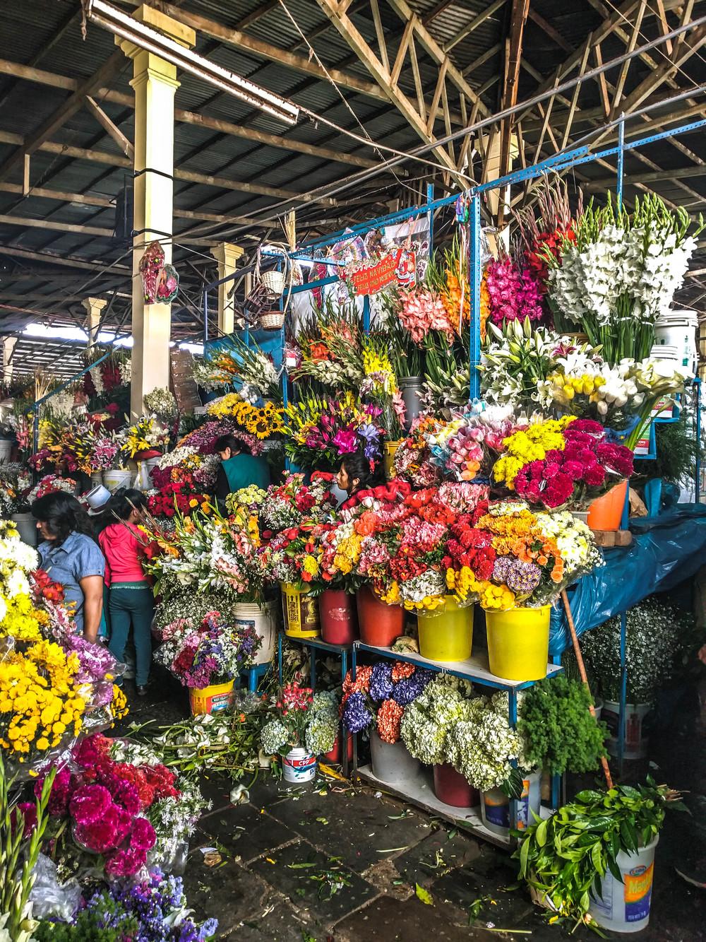 cusco market flowers.jpg