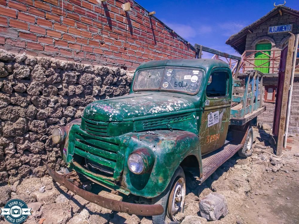 Uyuni old truck (1 of 1).jpg
