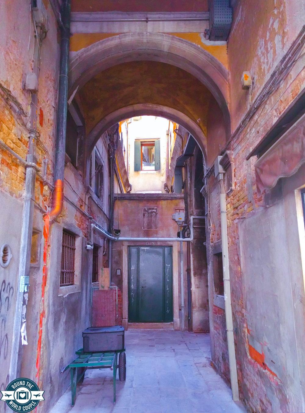 Venice- 7 (1 of 1).jpg
