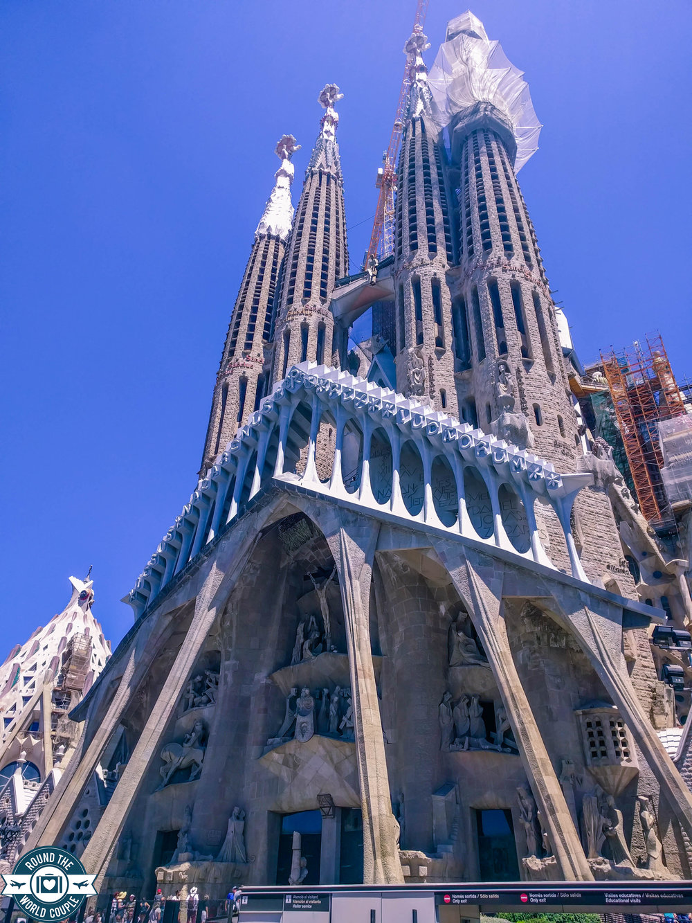 Sagrada- 2 (1 of 1).jpg