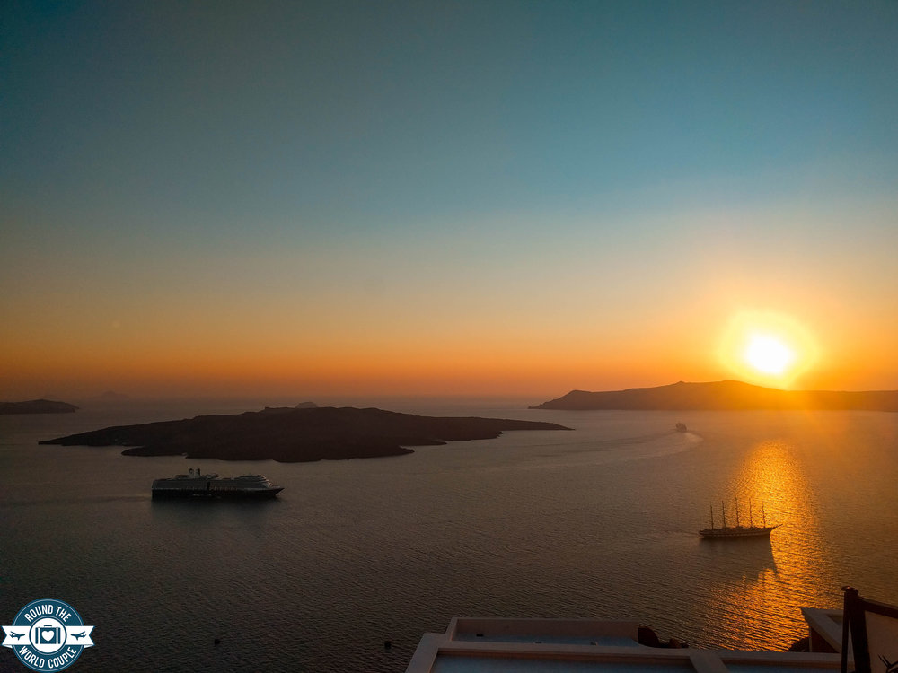 Santorini- 21 (1 of 1).jpg
