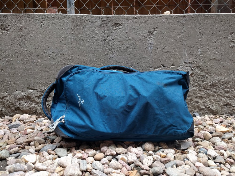 The Osprey Farpoint 55 also offers a zippable cover that goes over its straps. There is also a side handle that converts the bag to more of a duffel feel. Neither of these are available on the Tortuga Outbreaker.