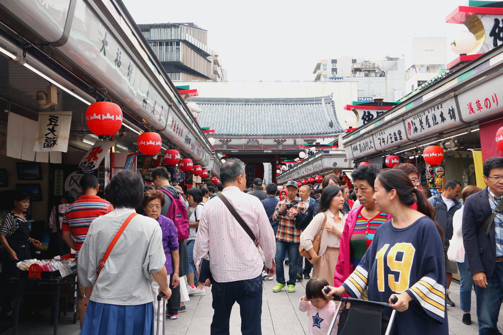 Market by Sensō-ji Temple