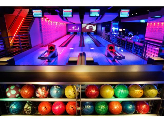 Ten-Pin-Bowling-Melbourne.jpg