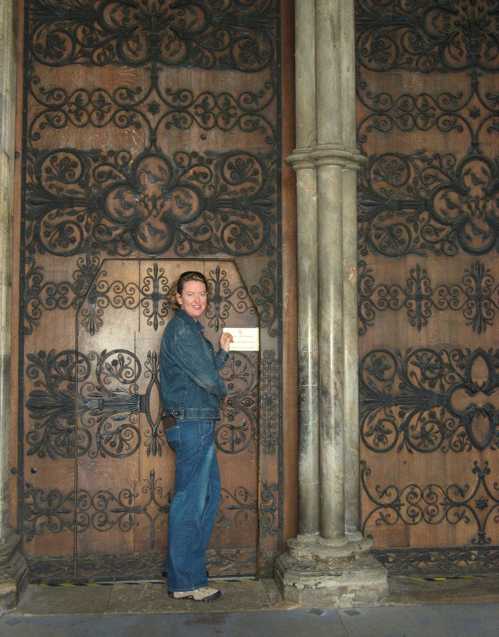 EMMA-JANE IN CAMBRIDGE, ENGLAND, 2008