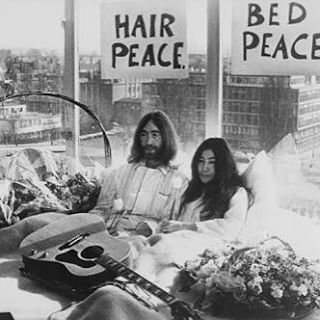 Happy Friday mofos, feel like staying in bed all day xxx  #friday #bed #lennonandyoko #lennon #designuntapped