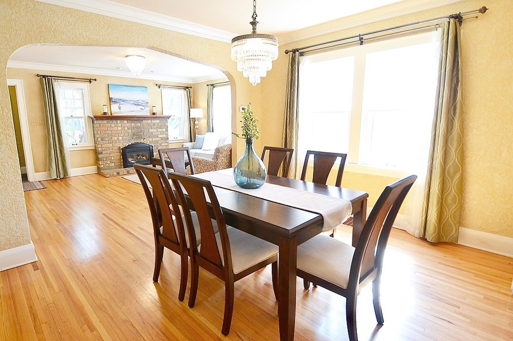 Dining Room Home Staging Minneapolis.JPG
