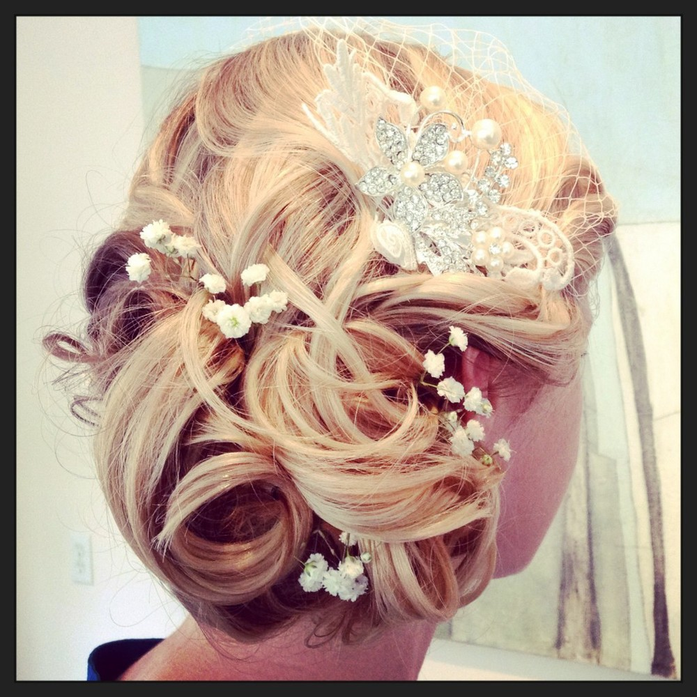 CHIGNON WITH PIN photo(127)-1024x1024.jpg