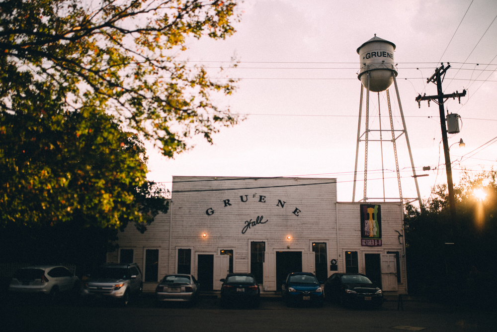 Gruene Hall Engagement Session