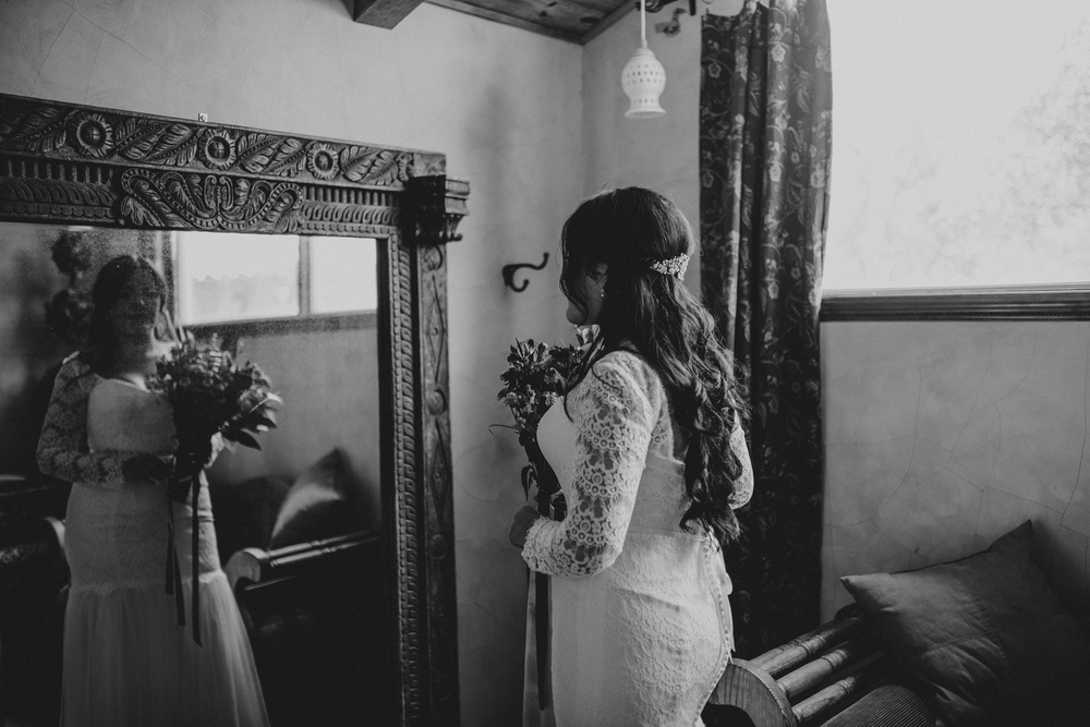 Black and White Bridal Photos