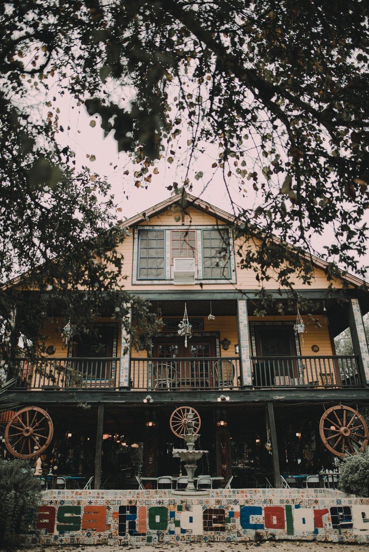 casa rio de colores