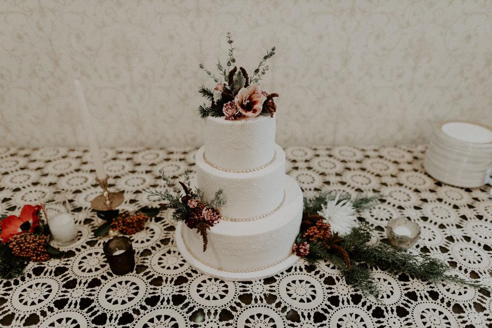 wedding cake from sweet treats in austin
