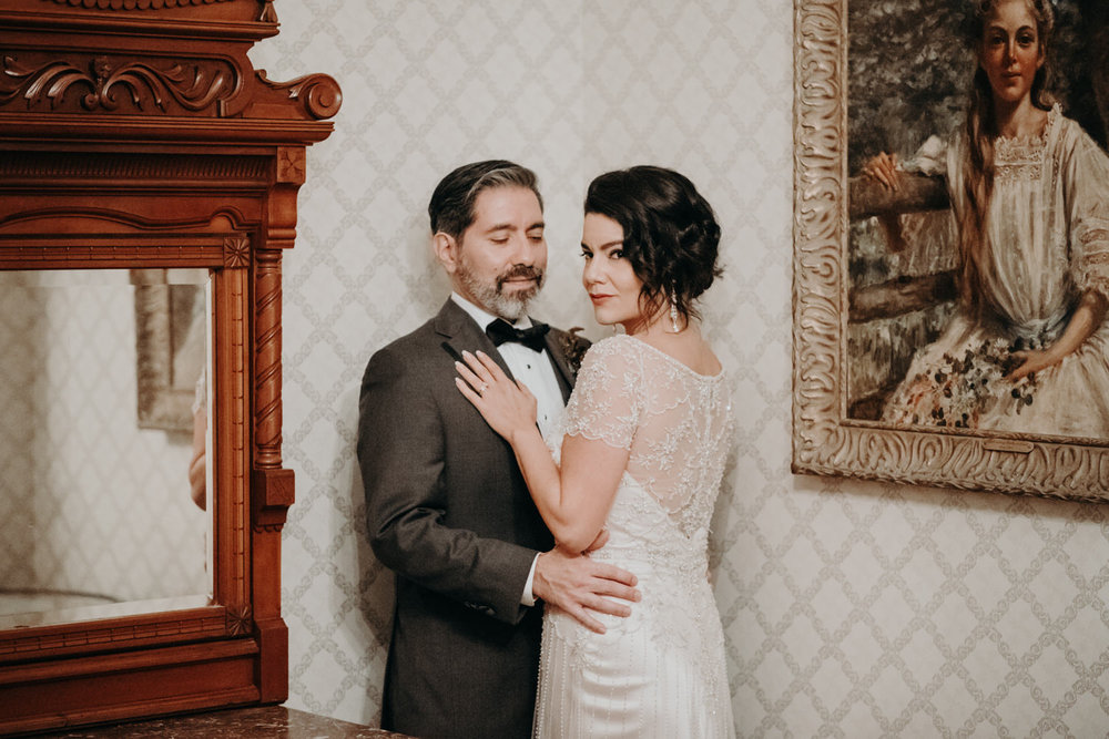 a christmas wedding at historic caswell house in austin tx danu and joel