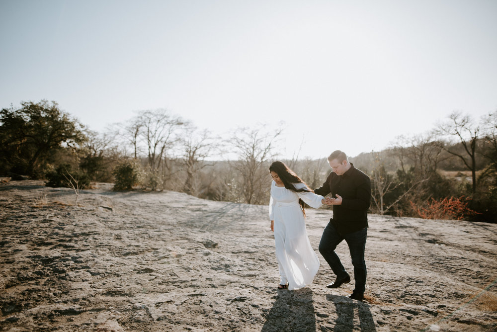mckinney falls state park engagement pictures